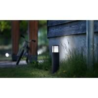 Bornes et lampadaires d'extérieur
